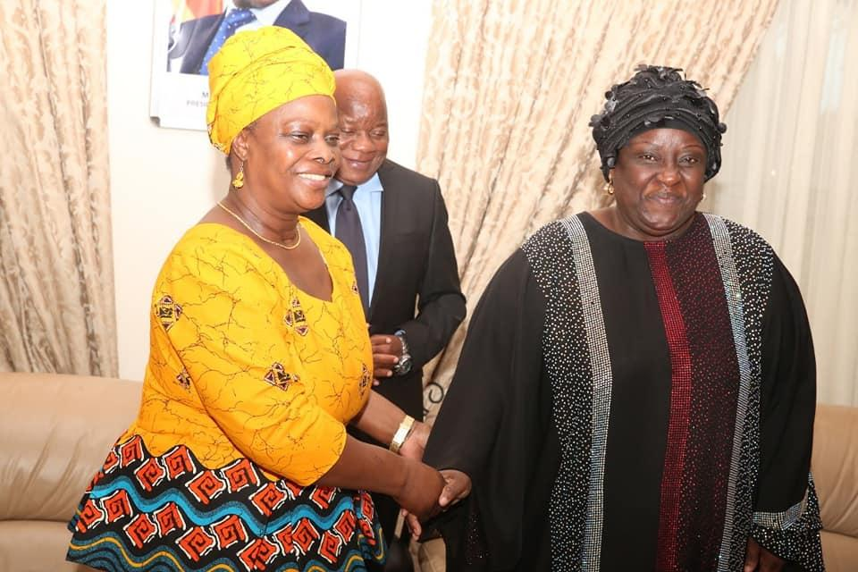 First Lady Esther Lungu hands over donation to Nangoma hospital in Mumbwa